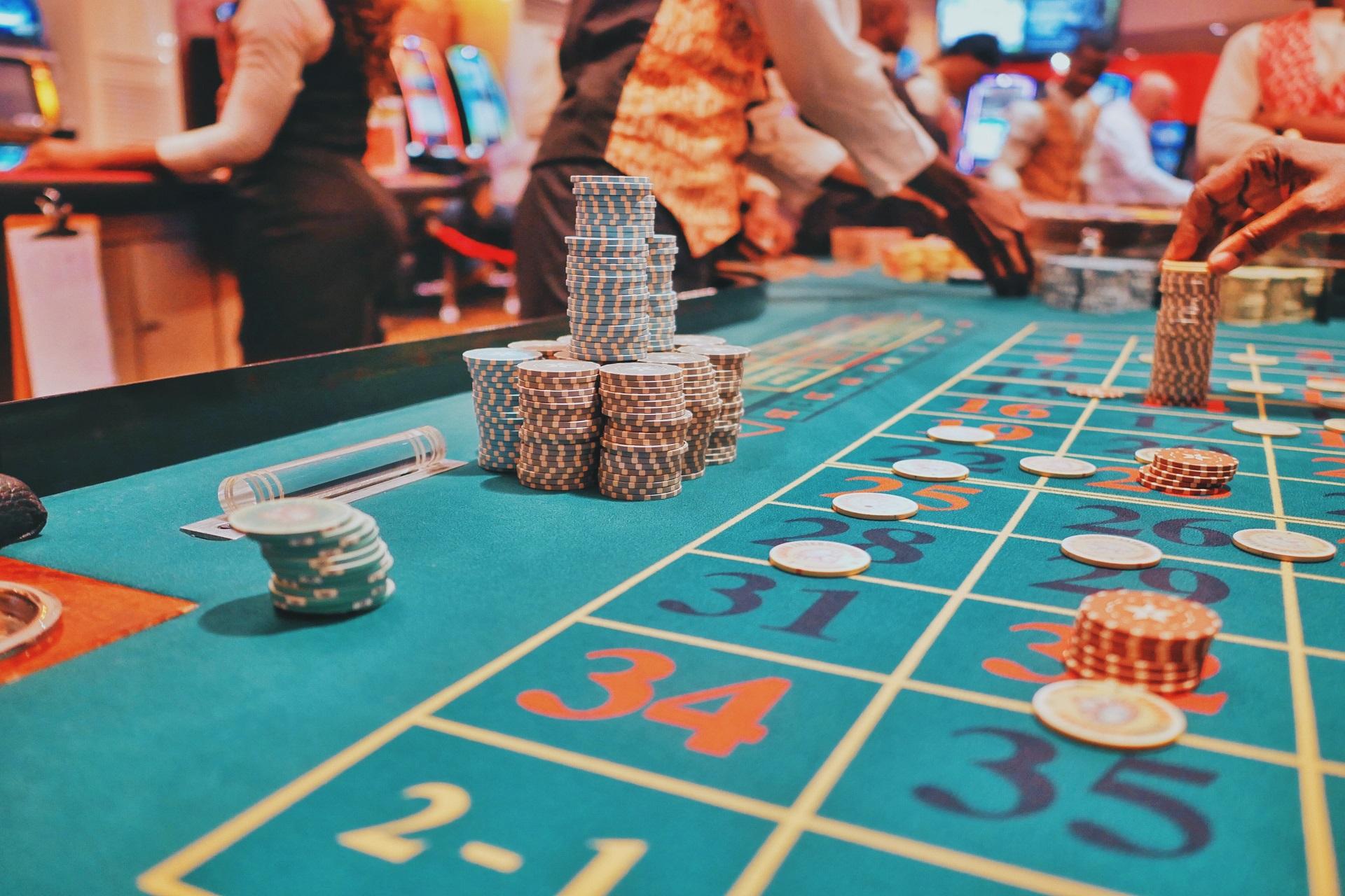 Why Do Casinos Offer Bonuses?